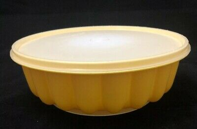Vintage Buttercup Yellow Tupperware Jelly Mould with Lid. Great Condition