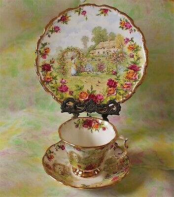 ROYAL ALBERT OLD COUNTRY ROSES 25th anniversary celebration CUP & SAUCER & PLATE