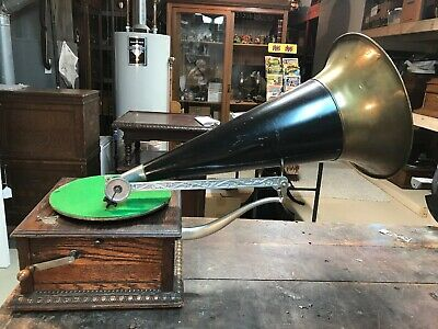 Columbia Disc Phonograph Gramophone Front Mount Black &Brass Horn Antique