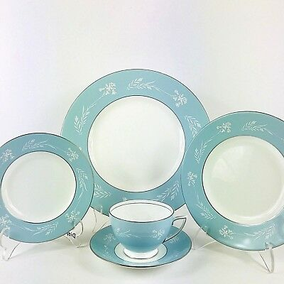 Minton Turquoise Cameo Bone China 5 Piece Place Setting -Very Rare - Excellent
