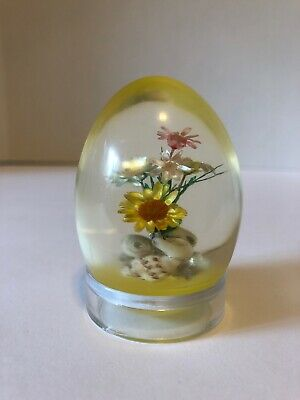 Vintage Lucite/Acrylic Egg with Seashells & Dried Flowers