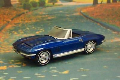1967 67 CHEVY Corvette C2 V-8 Roadster Convertible 1/64 Scale Limited  Edition S