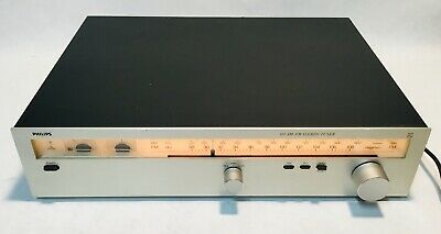Vintage PHILIPS 102 AM-FM Stereo Tuner