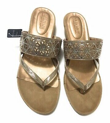 4fefc98f6b Kenneth Cole REACTION Women's Chime Low Wedge Thong Sandal Rose Gold - Size  8M
