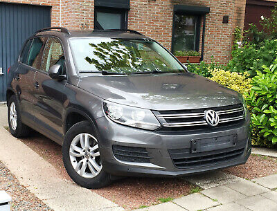 Vw Tiguan 2.0 TDI SCR Trend Blue Motion Technology / Toit panoramique  / Euro 6