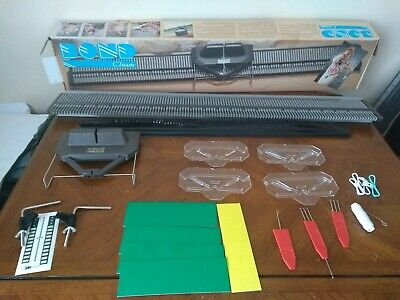 VINTAGE Bond Classic Knitting Machine with accessories. Boxed.