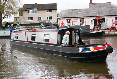 20/07/2019 - Phantom - 7 night narrow boat canal barge holiday in Staffordshire