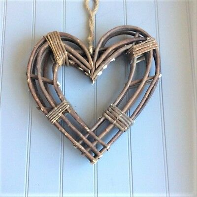 Gisela Graham Large Natural Wicker Heart Wreath. Christmas Home Craft. 40cm