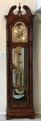 Howard Miller Grandfather Clock model 610-793 works very well, Mint!