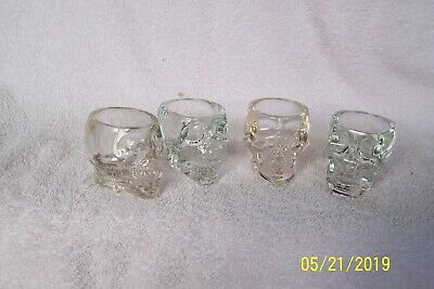 "SET of 4 CRYSTAL HEAD Vodka ""Skull"" SHOT GLASSES ~ Dan Aykroyd"