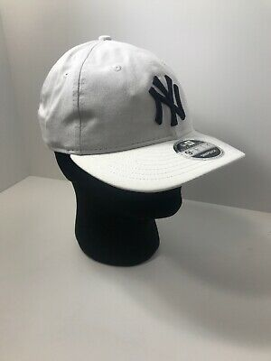 6b2af5f5b New Era MLB New York Yankees Retro Crown 9FIFTY Snapback Adjustable Hat Cap