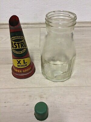 Castrol Wakefield pint Embossed Oil Glass bottle tin top Cap Pourer Super Grade