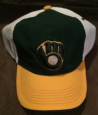 NEW 2017 Milwaukee Brewers SGA Green Bay Packers Pack At The Park Cap Hat RARE