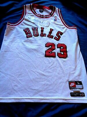 725551f3e44 Michael Jordan #23 Chicago Bulls Nike 1984 NBA Jersey Large Men Flight 8403