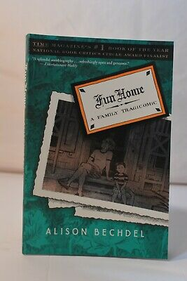 Fun Home: A Family Tragicomic by Bechdel, Alison