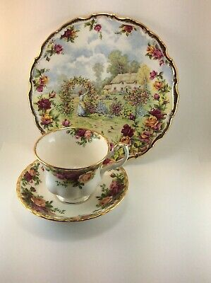 ROYAL ALBERT 25th Anniversary Old Country Roses Plate + Cup & Saucer