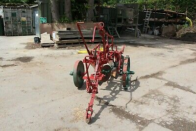 Oliver Plough Master trailed plough great condition