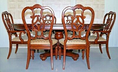 Thomasville Fredericksburg Mahogany Extending Dining Table And Six Chairs