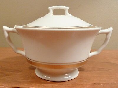 Elegant vintage Syracuse Old Ivory MONTICELLO sugar bowl with lid, gold trim