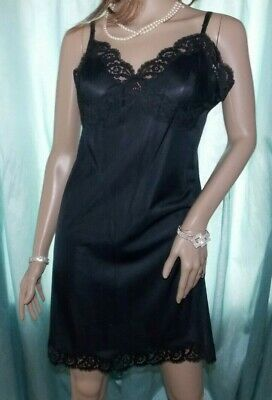KAYSER Jet Black Glossy Nylon Lacy Bust Classic Hollywood Short Full Slip 18 UK