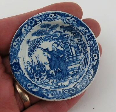 Miniature Doll's Trade sample blue and white transfer pearlware plate. c1850