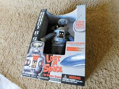Lost in Space Robot B9 The Classic Series Lights! Sounds! Motion! MIB