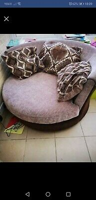 Large Cuddle Swivel Chair/sofa, excellent condition. Comes with 3 cushions.
