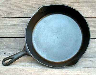 "Vintage WAGNER WARE #8 Cast Iron 10"" Frying Pan 1058 Z Skillet Smooth Bottom"