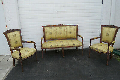 French Hand Carved Set of Vintage Settee Loveseat and Pair of Side Chairs 9770