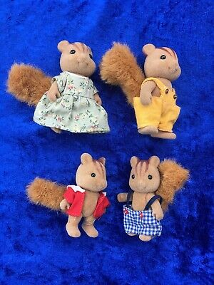 Sylvanian Families Red Squirrel Family - 4 Figures - Calico Critters Epoch