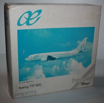 Herpa Wings-AirEuropa-Boeing 737-800-m/w Reg.-Maßstab 1:200-Modell-rare #550215