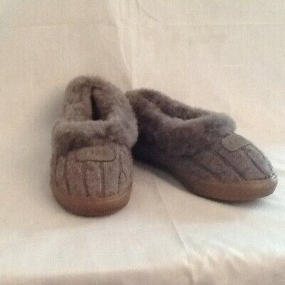 c7ac8aba30a UGG AUSTRALIA WOMENS Rylan Knit Slippers US 7 Gray Shearling Lined ...