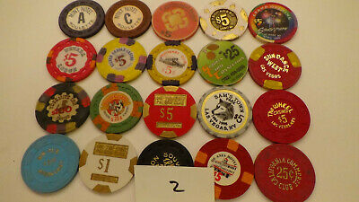 CASINO CHIPS  LOT 20 Las Vegas & OTHERS OBSOLETE  of 20 QTY a2