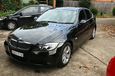 BMW 323i Best car we ever owned! Long rego March 2020