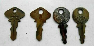 Lot of 4  Vintage Antique Old   Keys   T Ford #70, BASCO...