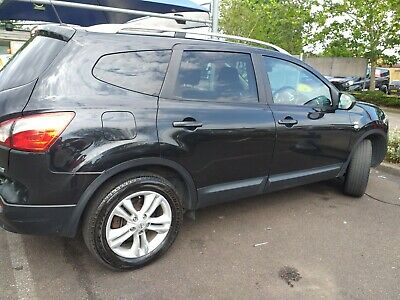 **VERY LOW MILEGE -NISSAN QASHQAI N-TEC +2 DCI --  fully loaded 7 seater!