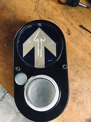Traffic Light Button