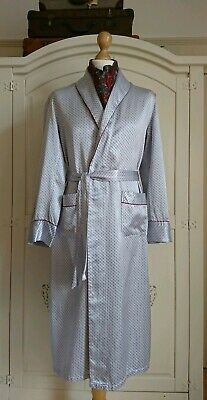 Vintage 1970's Mens Grey Silky Satin Dressing Gown Robe Smoking Jacket Large