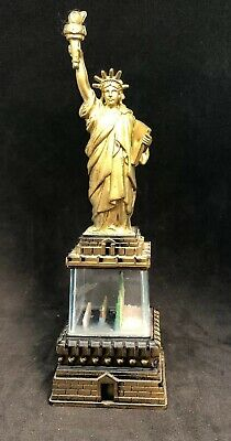Old Vintage Statue of Liberty Snow Globe