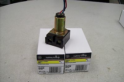 2 SWITCH  GE RCS2 ASSEMBLY  USED WITH GE RR7  GE RR9 RELAYS SYSTEMS. 3 Units