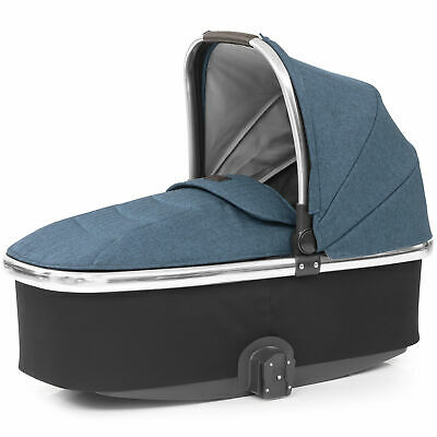Babystyle Oyster 3 Carrycot with Mirror/Chrome Effect Frame – Newborn-9kg