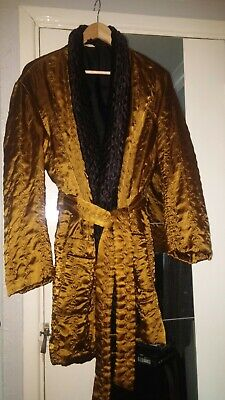 VINTAGE RARE quilted satin dressing gown, robe smoking jacket.