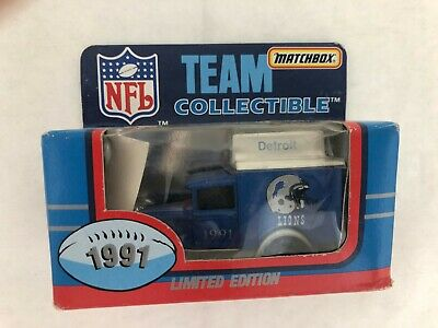 Lot Of 2 Two Vintage 1990 1991 MATCHBOX Team Collectible NFL Truck Die Cast NIB