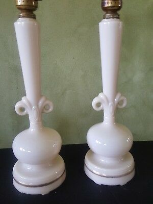Pair Of Vintage Ivory Aladdin Alacite Electric Boudoir Lamps