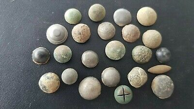 Stunning lot of Medieval to Post Medieval buttons Please read description L142f