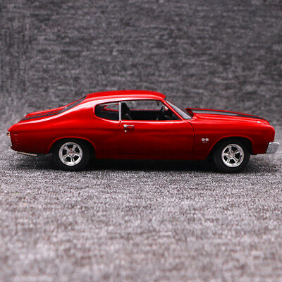 1:18 Scale Diecast Alloy Model 1970 Chevrolet Chevelle SS 454 Red Muscle Car