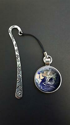 Planet Earth Pendant On a Metal Design Bookmark Ideal Birthday Reading Gift N36