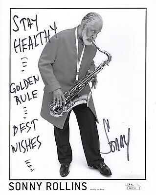 SONNY ROLLINS AUTHENTIC SIGNED 8x10 PHOTO      GREAT POSE+SAXAPHONE     JSA
