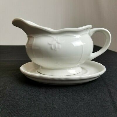 Versailles Tabletops Unlimited White Gravy Boat with Under Plate