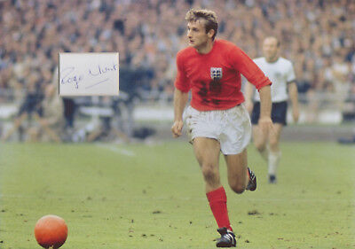 ROGER HUNT Signed 12x8 Photo Display LIVERPOOL & 1966 WORLD CUP Proof COA